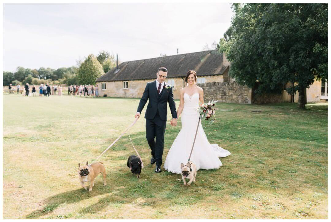 Lapstone Barn Wedding Photographer - dogs at weddings