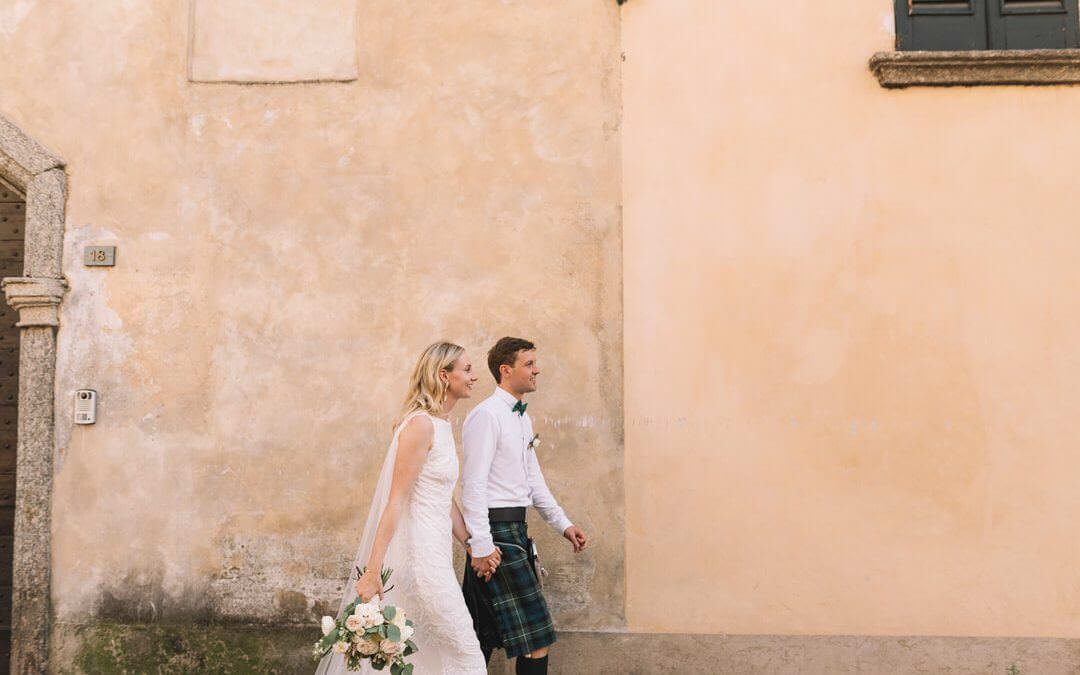 Natural Wedding Photographer Styling tips for a Modern Bride