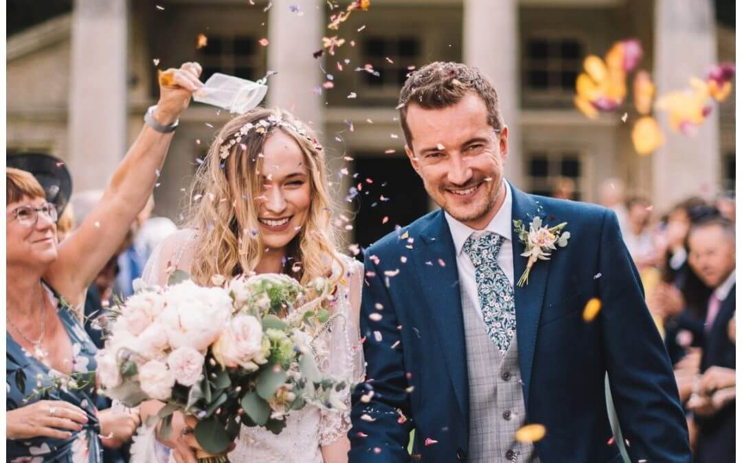 Top tips for confetti on your wedding day